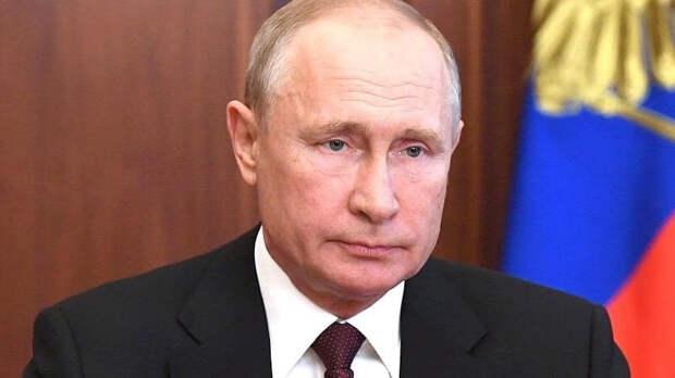 Путин продолжит координировать с ведомствами по ситуации в Казани
