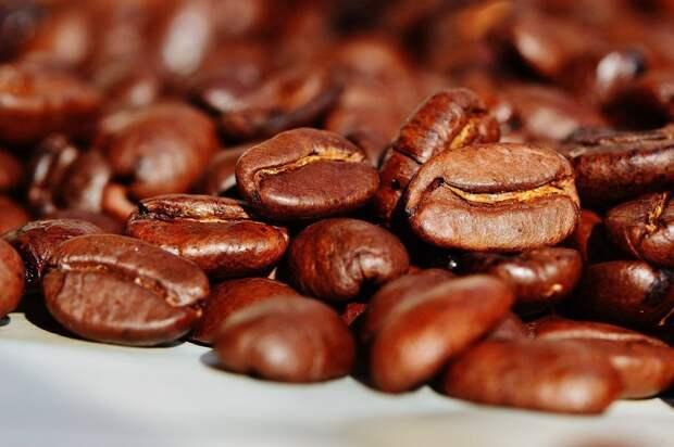 Авария в Суэцком канале может привести к дефициту кофе