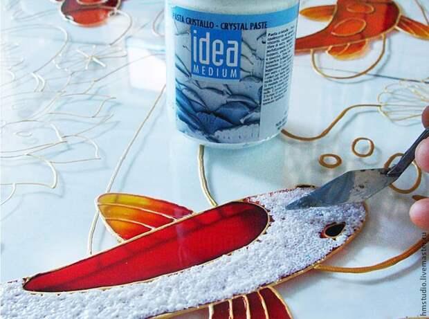 """Расписываем стекло: создаем витражное панно """"Рыбы"""""""