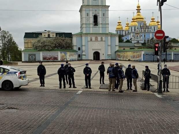 Елена Маркосян: Американский самолет улетел, украинские проблемы остались
