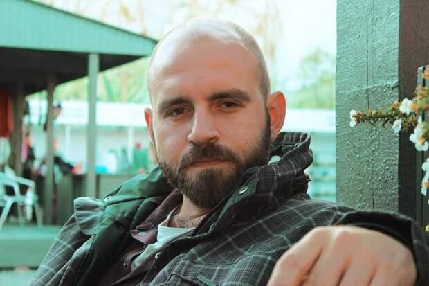 Получивший российский паспорт киевский журналист нелепо оправдался