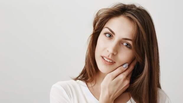 Серьезный дефицит витамина B12 можно распознать по признакам на лице