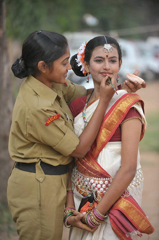 Как служат женщины в армиях разных стран мира