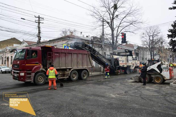 В Симферополе капитально отремонтируют 25 дорог