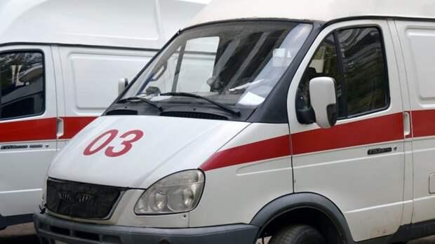ВМоскве наСахалинской улице девятилетний мальчик упал нагорячий асфальт