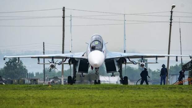 В Петербурге суд наказал рублём военных, пытавшихся похитить авиационный керосин