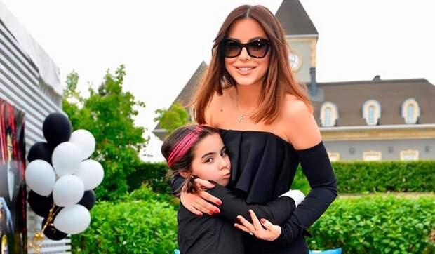 Лорак сняла дочь в своем новом клипе: София – творческая натура