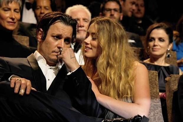 «Я сожгу её труп»: суд обнародовал слова Джонни Деппа о бывшей жене