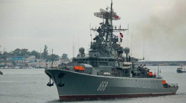 Экипаж сторожевого корабля ЧФ «Пытливый» отработал отражение атаки дронов