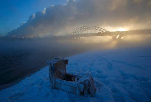 Туман поднимается над Москвой-рекой