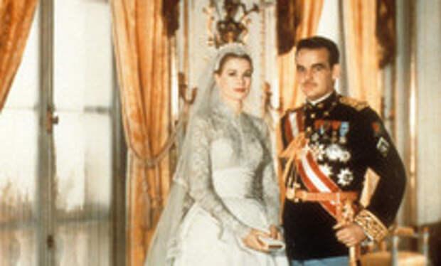 Князь для золушки: как прошла самая роскошная королевская свадьба 20 века