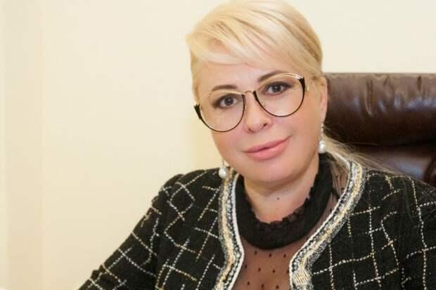 Мэр Ялты решила продать ювелирные украшения после скандала в соцсетях