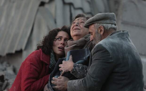 «Землетрясение»: Слезами горю поможешь