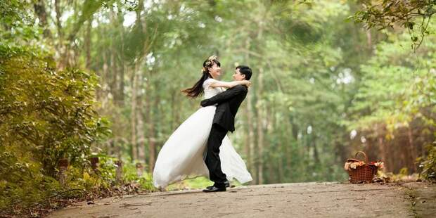 https://onauke.info/wp-content/uploads/2018/04/wedding-443600_960_720.jpg