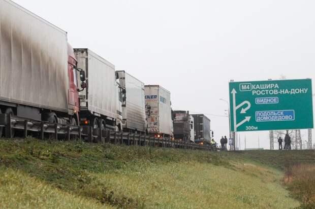 Ущерб дорогам от перегруза оценен в десятки миллиардов рублей