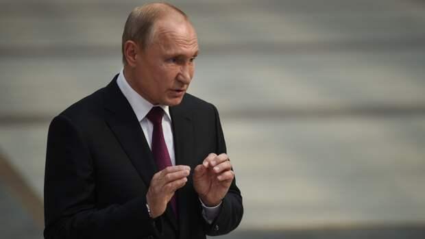 Песков: президент России осмотрит новый истребитель Ростеха на МАКС-2021