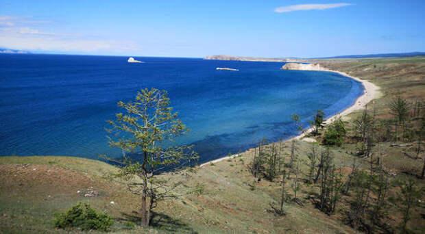Жители Иркутской области просят субсидировать авиарейс в Хужир