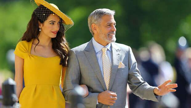 СМИ: жена Джорджа Клуни снова беременна близнецами