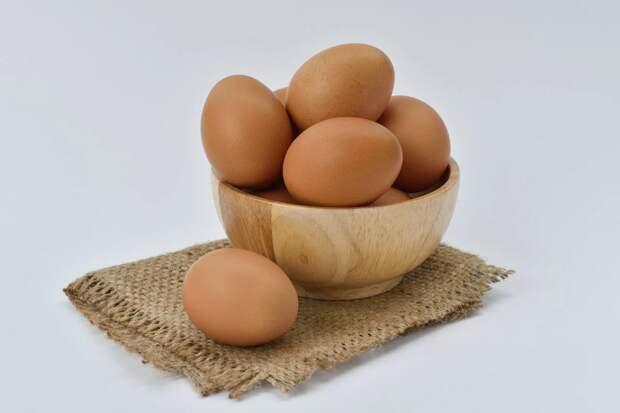 Почему зеленеет или синеет желток вареного яйца и у него появляется дурной запах