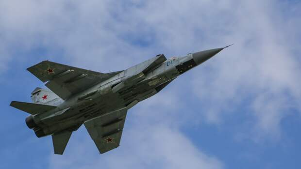 Российский МиГ-31 сопроводил американское воздушное судно над Тихим океаном