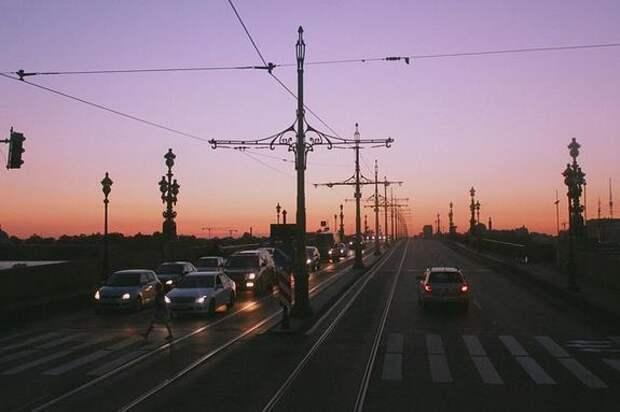 В Санкт-Петербурге начался сезон белых ночей