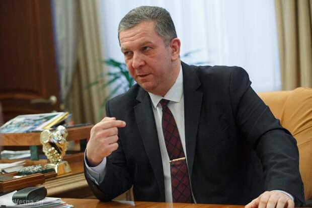 Зеленский готовится сообщить о досрочных президентских выборах – экс-министр соцполитики