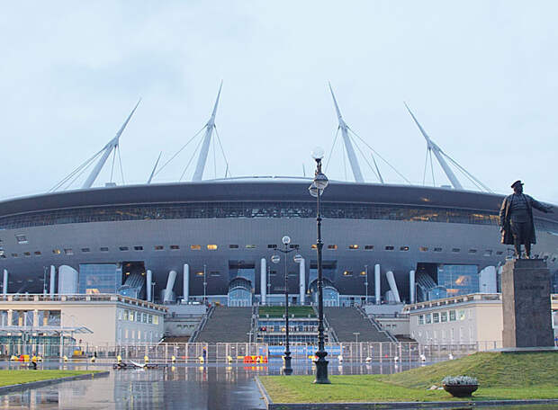 Заключительный домашний отборочный матч ЧМ-2022 сборная России проведет в Санкт-Петербурге. А боевое крещение команда с новым тренером примет в «Лужниках»