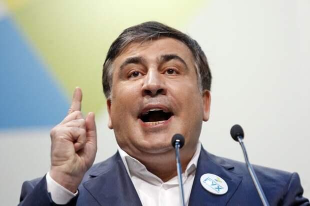 Саакашвили прогнозирует потерю Украиной Мариуполя и Херсона