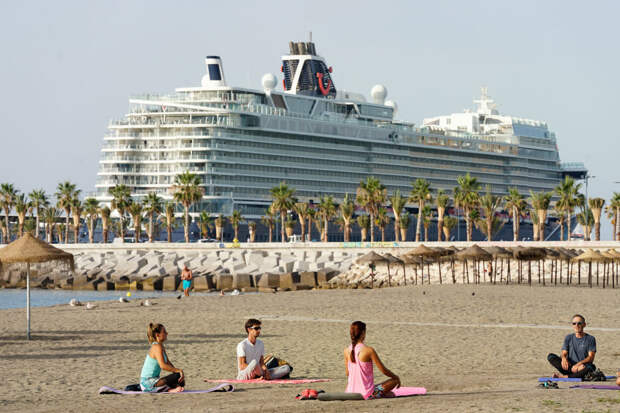 Испания отменит с 26 июня обязательное ношение масок на улице