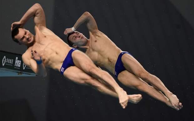 Бондарь и Минибаев стали серебряными призерами ЧЕ в синхронных прыжках в воду