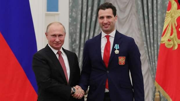 «Ваш пример доказывает, насколько важен для страны сильный лидер». Р. Ротенберг поздравил Путина с днем рождения