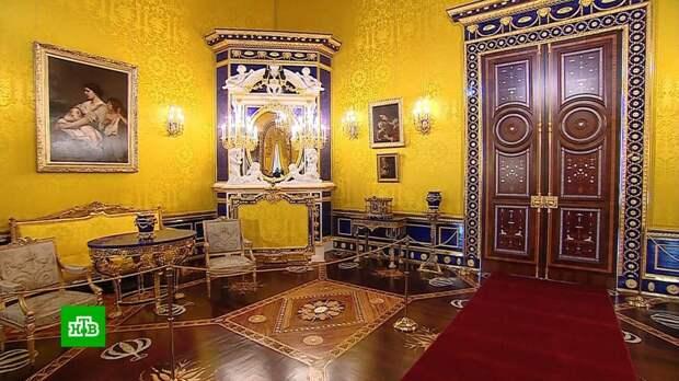 В Екатерининском дворце восстановили роскошный интерьер Лионского зала