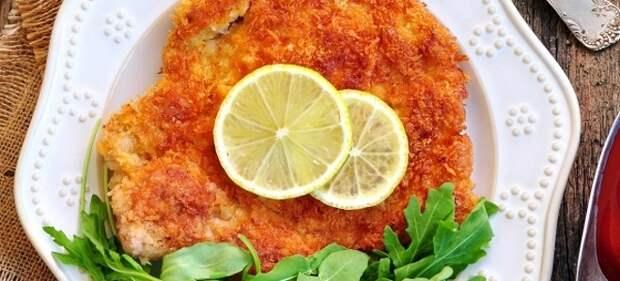 Шницель из свинины - рецепт на сковороде