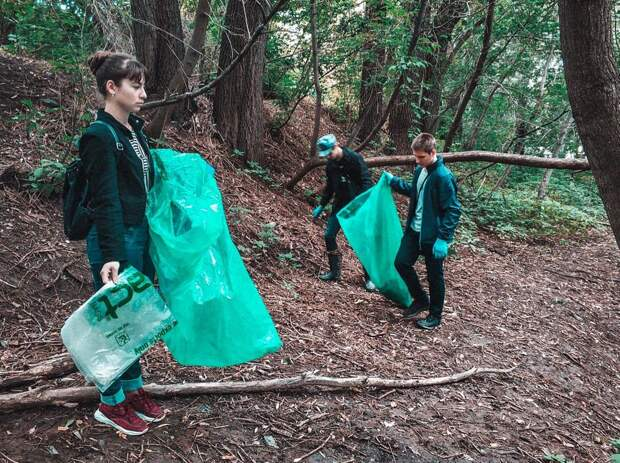 Почти 8 тыс мешков мусора собрали добровольцы в реках Ижевска
