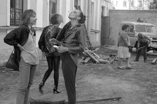 Фотографии со съёмочной площадки фильма «Интердевочка».