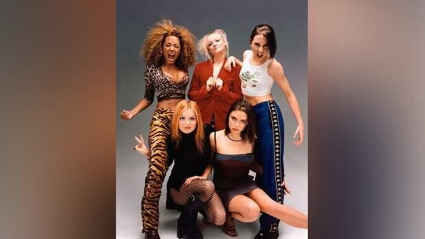 Поклонники услышат новую песню Spice Girls впервые за 14 лет