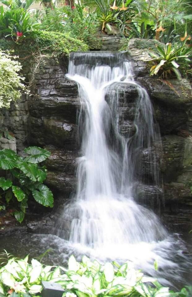 Водопады на участке. Идеи для вдохновения