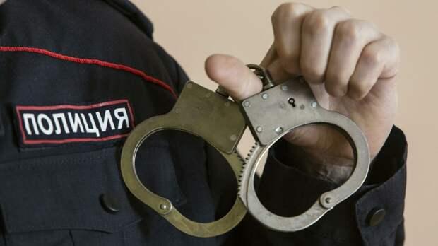 Житель Москвы напал на сотрудников полиции из-за места на парковке