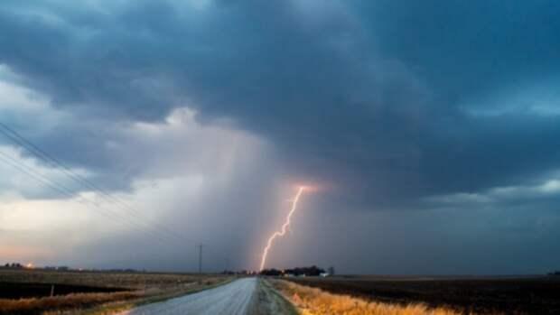 Штормовое предупреждение из-за непогоды объявили в Алтайском крае