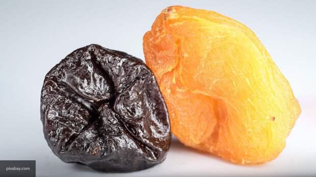 Диетолог объяснила, сколько можно употреблять сухофруктов во время диеты