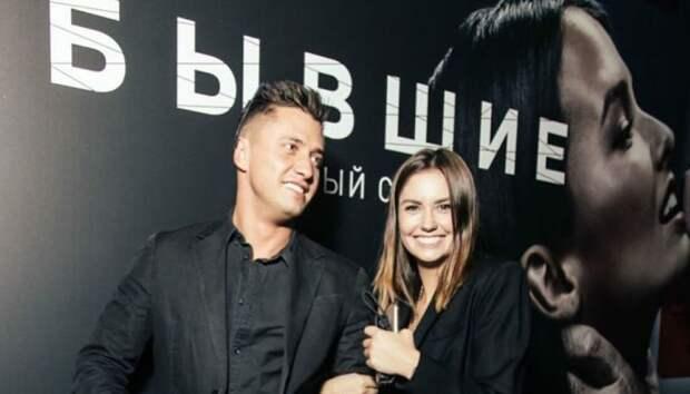 Муцениеце призналась, что целый год обдумывала развод с Прилучным