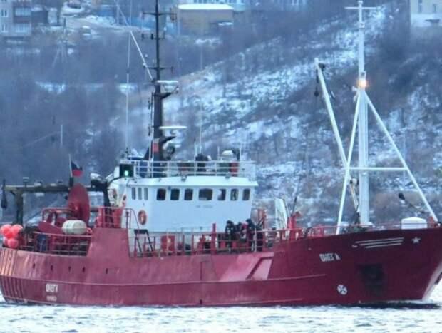В Мурманской области объявлен траур по погибшим в Баренцевом море