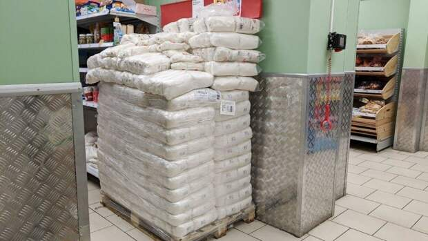 Минсельхоз попробует избежать скачка цен на сахар в России