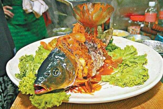 Живое и мертвое: ужасное блюдо «Рыба Инь и Ян»