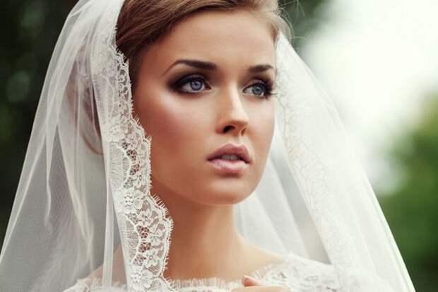 — Папа, мы с Ваней любим друг друга и хотим пожениться!  ... Улыбнемся)))