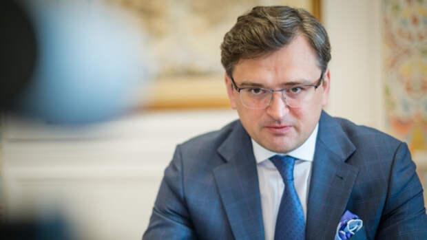 Эксперт считает, что НАТО поставила на Украине крест