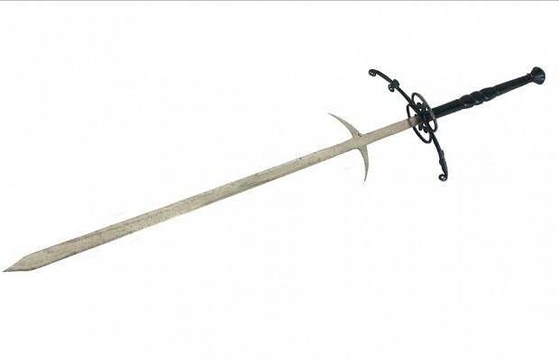 5 самых грозных двуручных мечей Средневековья