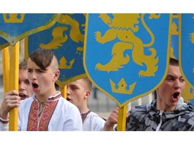 Печат: Украина стоит на грани распада