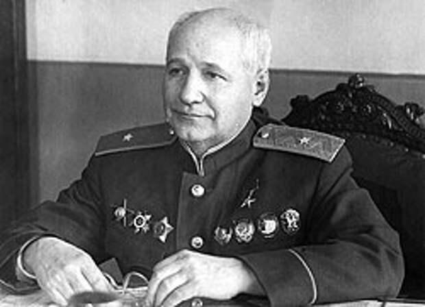 Генерал-майор авиационно-технической службы А.Н. Туполев