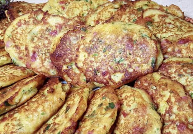 Картофельные оладьи с секретом: готовим три дня и не надоедает